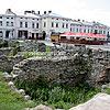 Залишки середньовічної забудови на Вічевій площі