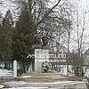 Пам'ятник упівцям Богдану та Любі Гайовським у с. Шоломинь