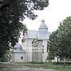 Церква Св. Миколая (XVI ст., перебудована в 1765 р.) з дзвіницею (1886)