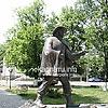 Памятник почтальону Федору Фекете (2004)